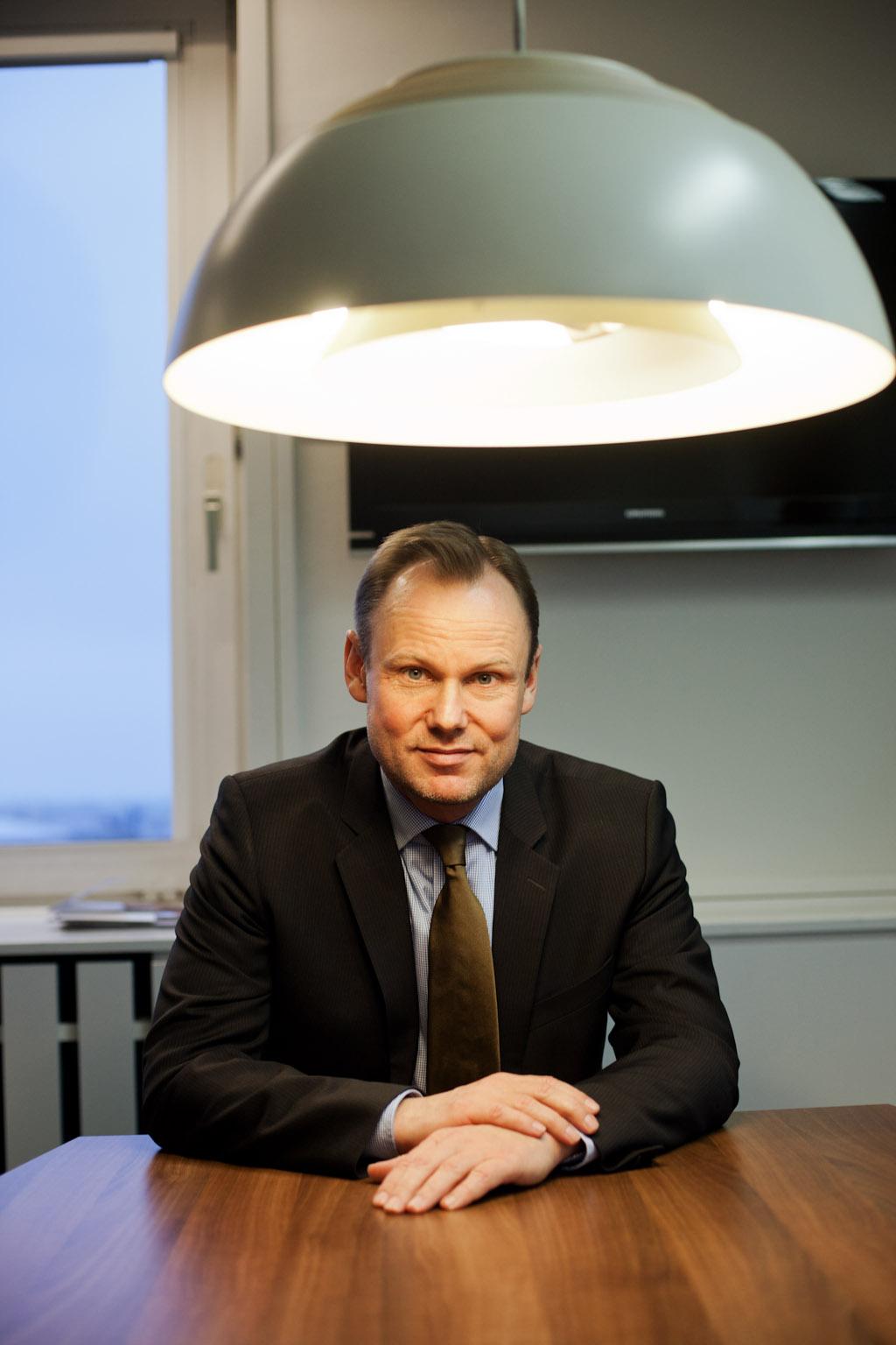Andy Grote 2014 bei einem Gespräch mit dem STADTLICHH Magazin. Damals war er Bezirksamtsleiter Hamburg-Mitte  (c) Roeler / roeler.com